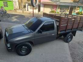 Se vende camioneta estaca