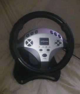 Volante y pedales marca Cromax para playstation 2 y X  Juegos para Playstation 2