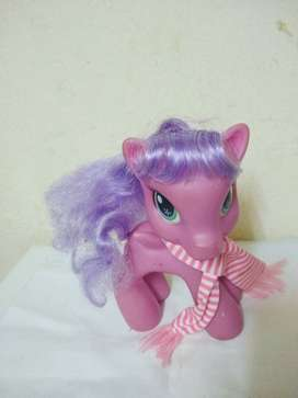 Mi Pequeño Pony rosa prende luz 20cm  mueve cabezaecharpe