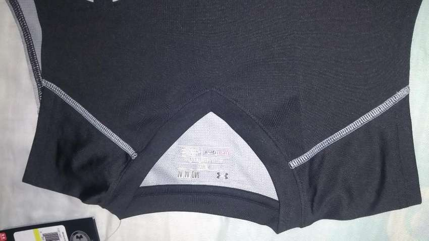 Camisetas Semilycradas Deportivas Under Armour 0