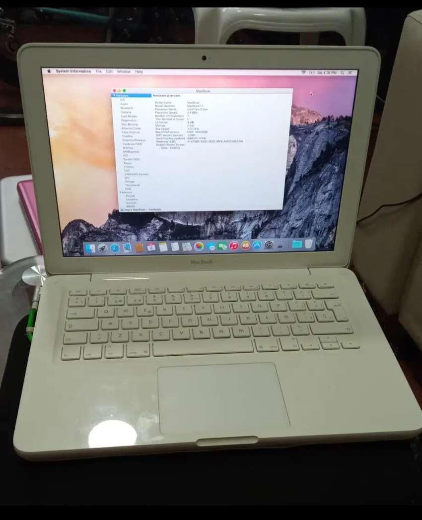 MacBook 7.1