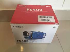 SE VENDE CAMARA FILMADORA FS400