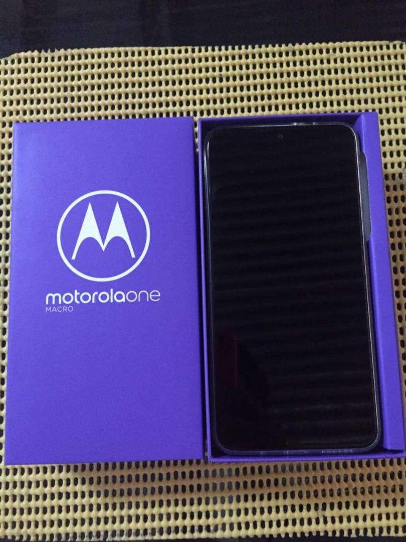 Motorola oneMACRO nuevo en caja .para estrenar 0