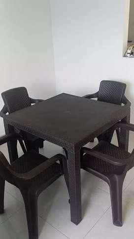 Mesa y sillas rimax cafe