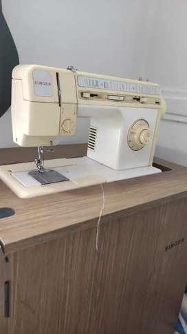 Maquina de coser singer 9836c