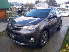 Vendo o permuto Toyota rav4 vx 4x2 mod 2016