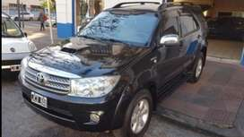 IMPECABLE toyota sw4 full 7 as. C/aut