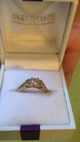 Vendo anillo de compromiso