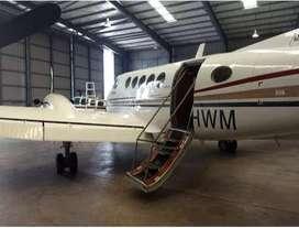 Nuestros vuelos charter para grupos están hechos a la medida para: USTED