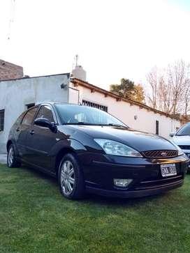 Vendo Ford Focus Ghia 2.0 Duratec nafta 2007