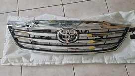 Mascarilla Toyota Fortuner 2012 al 2015