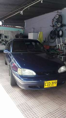 Carro Daewoo color azul