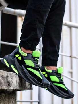 Zapato Tennis Deportivo Yeezy Tiburon Para Caballero