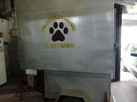 Trailer equipado para peluqueria canina