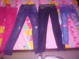 Vendo jeans de niña