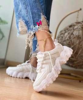 Venta de zapatillas para mujer