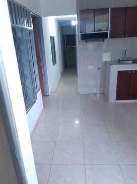 el apartamento consta de 3 habitaciones y cada una con su respectivo closet