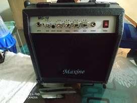 Amplificador MG 10 maxine