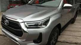 Toyota Hilux Srv 4x4 2.8 2021 0 km