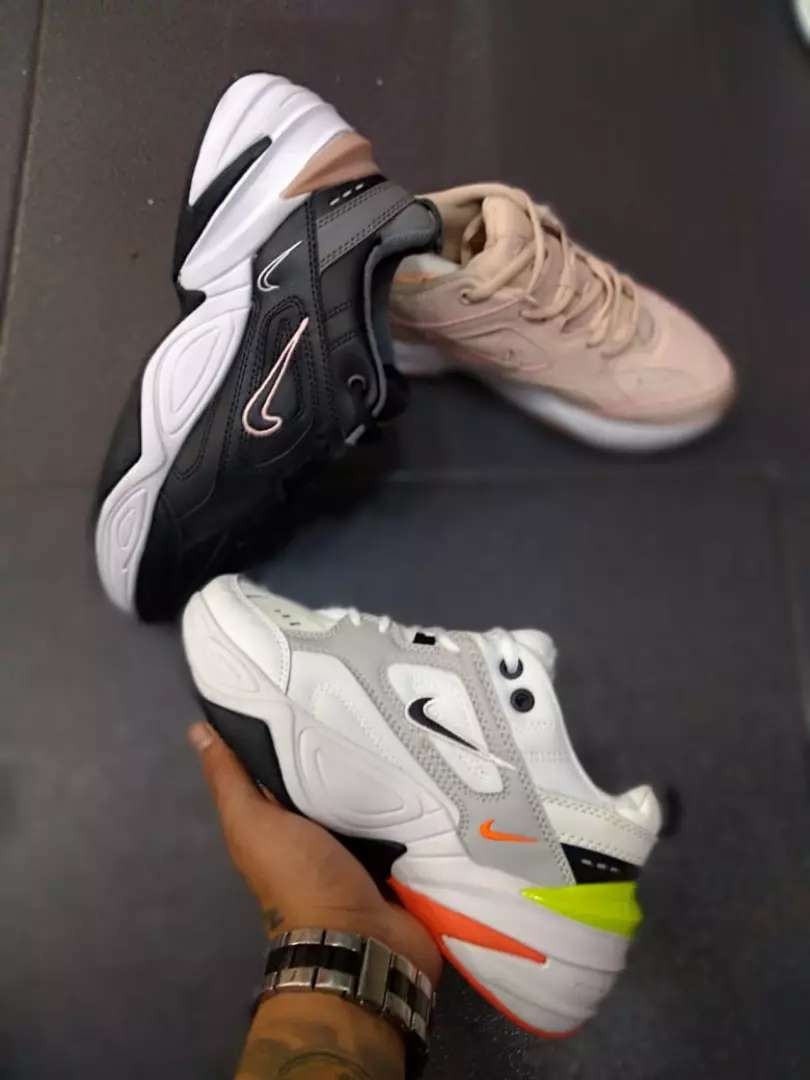 Tenis Nike Techno dama