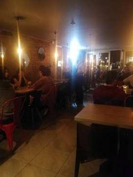 se necesita mesera con experiencia para un gastro bar que viva en la zona de Teusaquillo o sus alrededores