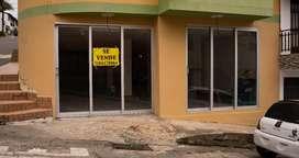 Local comercial en esquina excelente punto para cualquier negocio
