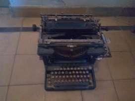 Máquina de escribir Remington antigua