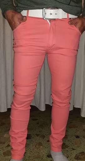 Jeans Hombre de color rosa Talle 40 LIQUIDACIÓN por local cerrado no tiene cambio