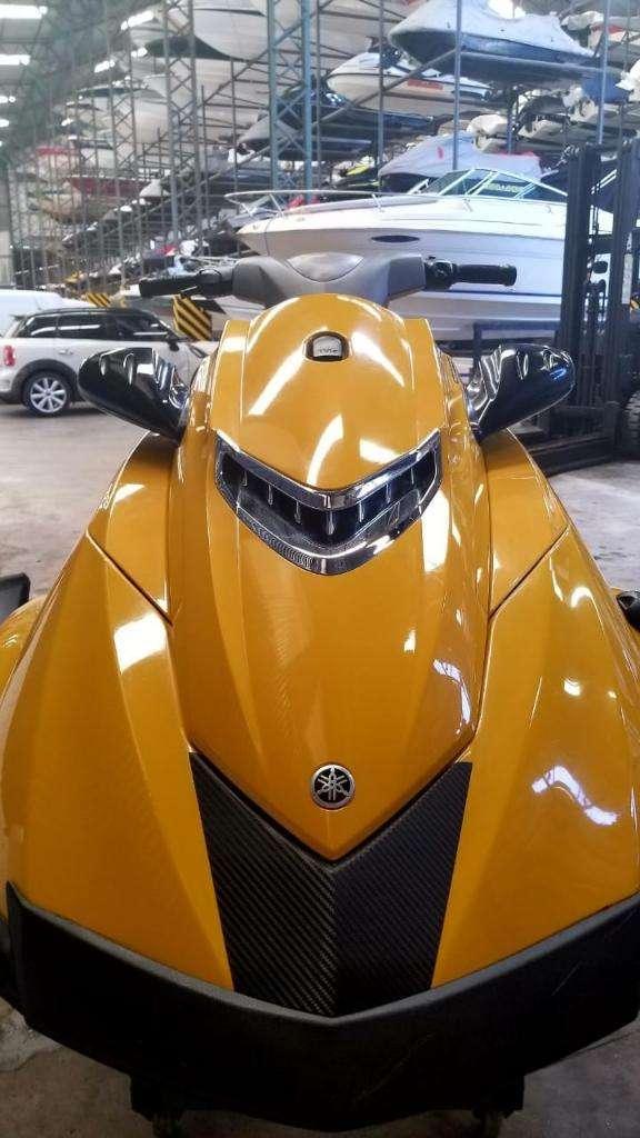 Moto de Agua Yamaha Vxr 1800, 2013 0