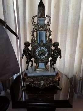 Reloj antiguo bronce funcionando