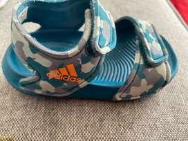 Sandalias Adidas niño (bb)