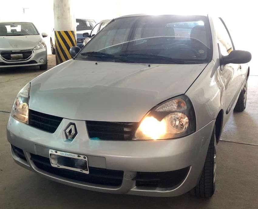 Vendo CLIO SERVICE PACK 2 MODELO 2012. 0