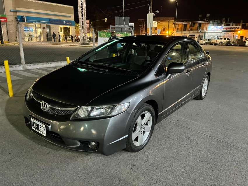 Honda Civic LXS primera mano