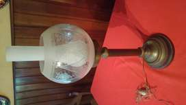 excelente lampara antigua de la época de los 60 quinque