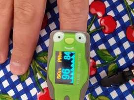 Saturometro - oximetro pediátrico- también sirve para adulto.
