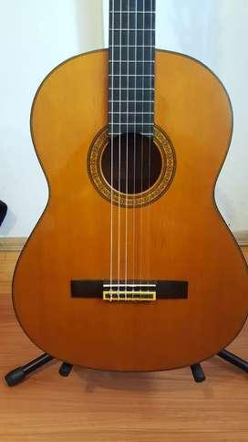 Guitarra yamaha C180