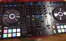 Controlador Pioneer Ddj Rx con Rack bandeja multicolor