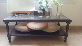 Mesas ratonas de vidrio
