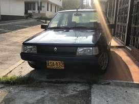 Vendo o permuto hermoso Renault 9