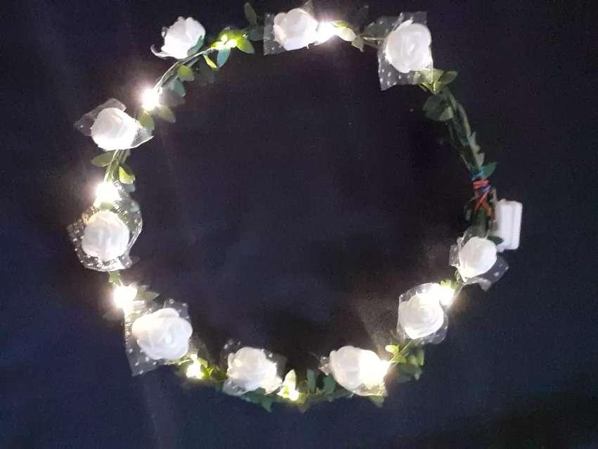 TIARA LED blanco o rosa 0