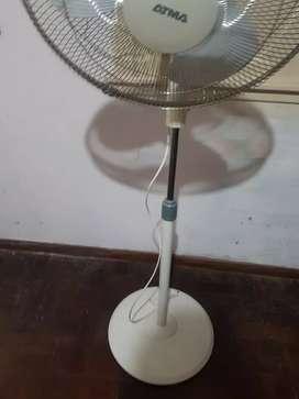 Ventilador de pie atma usado(impecable)