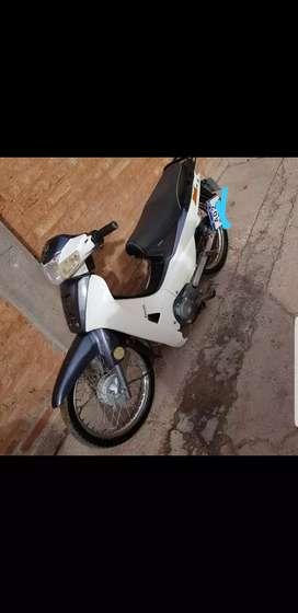 Vendo ya moto zanella 45 milk