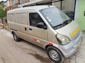 Se vende Chevrolet minivan panel a gasolina