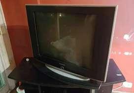 TV SLIM 29' Y MESA