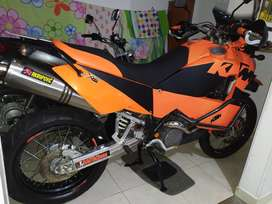 Vendo Permuto Ktm Adventure 950