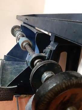 Máquina pulidora para zapatería