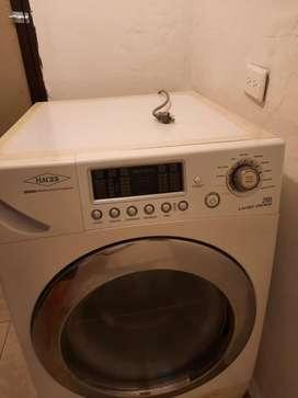 Lavadora secadora 26Lb Haceb