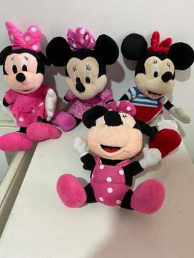peluches de Mickey y mini mouse