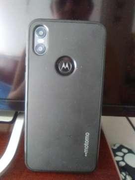Vendo celular Motorola one en buen estado precio negociable