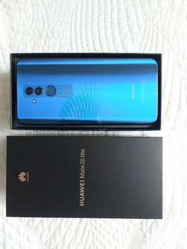 Se vende Huawei Mate 20 lite.